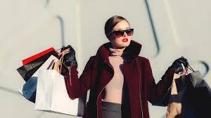 Risultato immagini per shopping